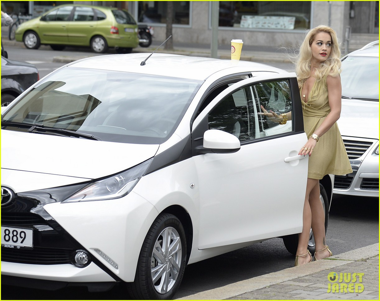 rita ora premieres the new toyota aygo in berlin 093148783