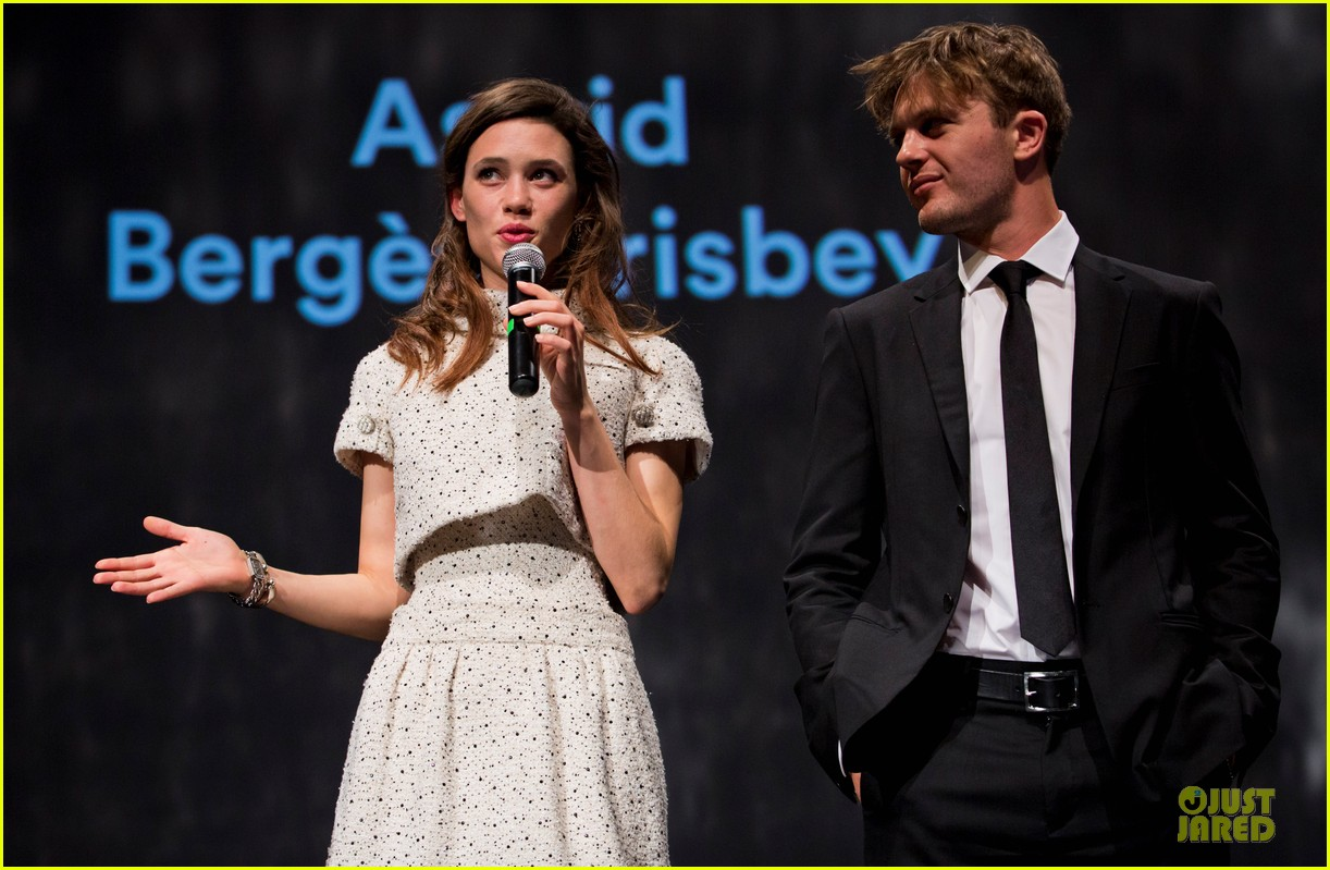 michael pitt astrid berges frisbey bring i origins to countries 043150296