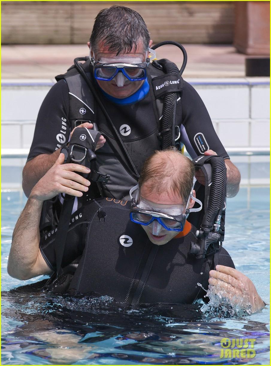 prince harry polo prince william snorkeling pool 113154685