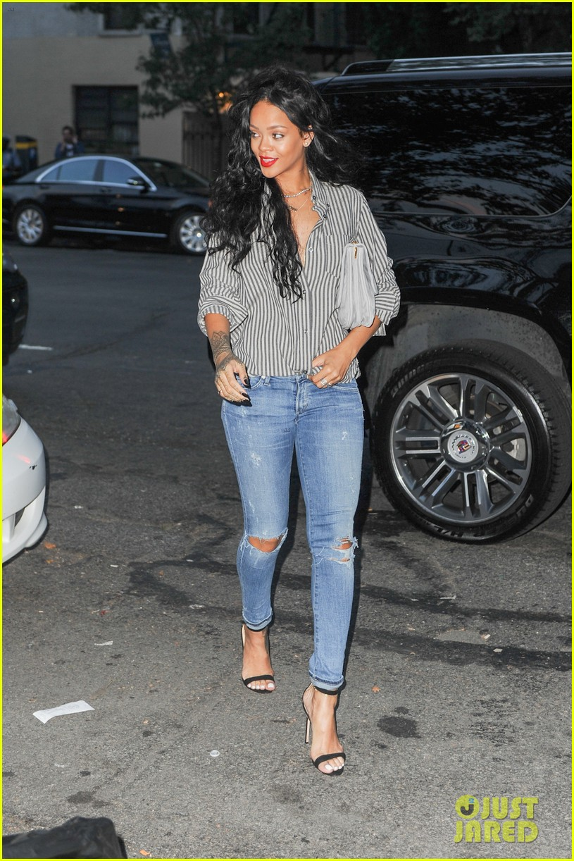rihanna is da chicest at da silvano 053168305