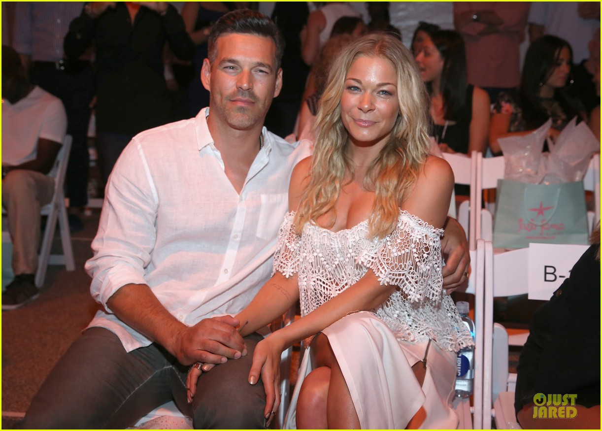 leann rimes match in white at luli fama show 093160662