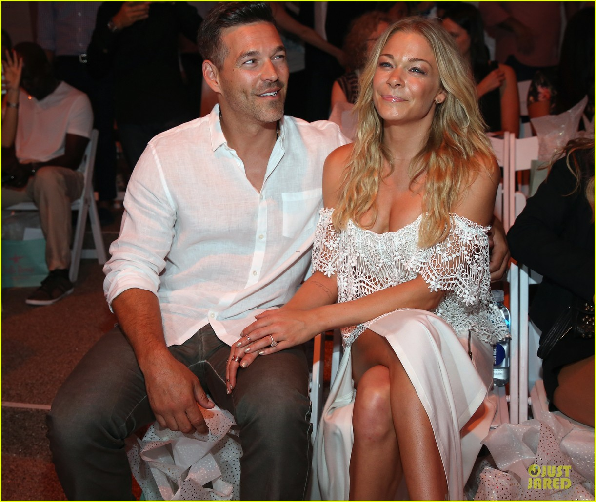 leann rimes match in white at luli fama show 123160665