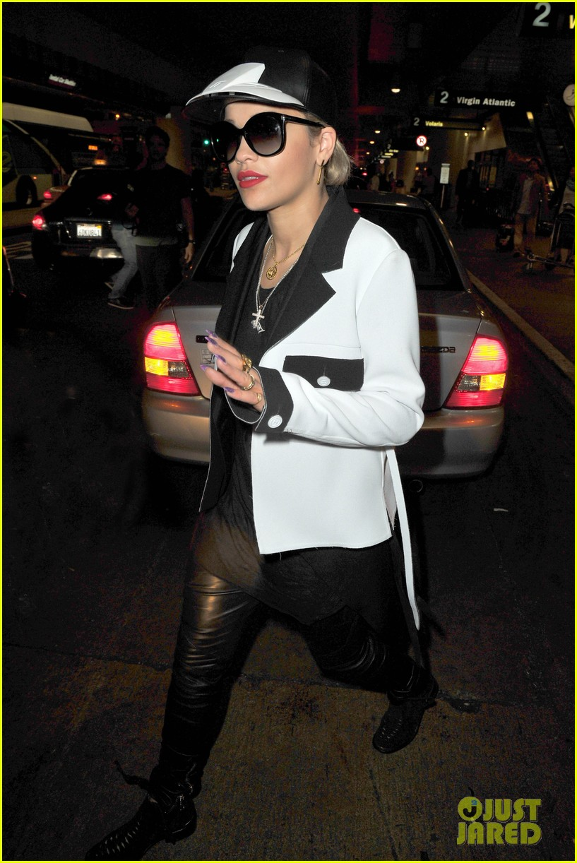 rita ora richard hilfiger reportedly really hit it off 063151644