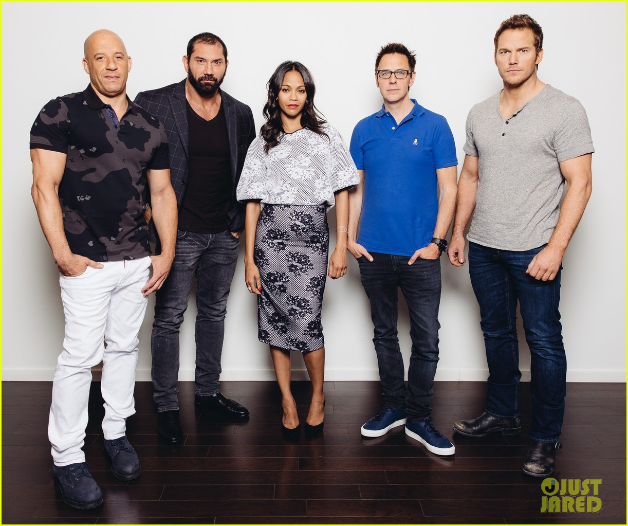http://cdn01.cdn.justjared.com/wp-content/uploads/2014/07/saldana-ham/zoe-saldana-chris-pratt-guardians-of-the-galaxy-press-day-02.jpg