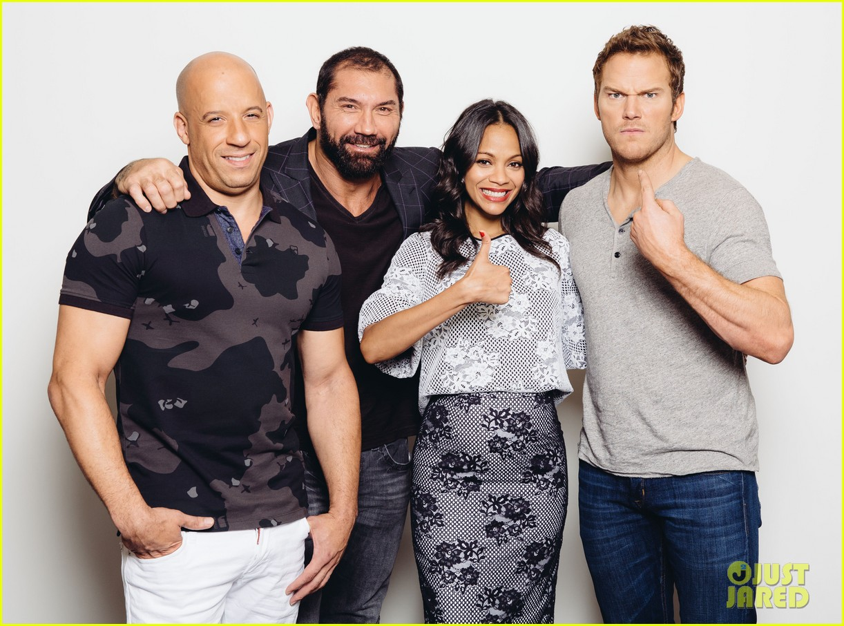 http://cdn01.cdn.justjared.com/wp-content/uploads/2014/07/saldana-ham/zoe-saldana-chris-pratt-guardians-of-the-galaxy-press-day-04.jpg
