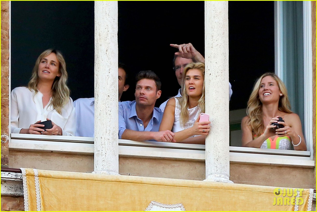 ryan seacrest cozies up to girlfriend shayna taylor 053149646