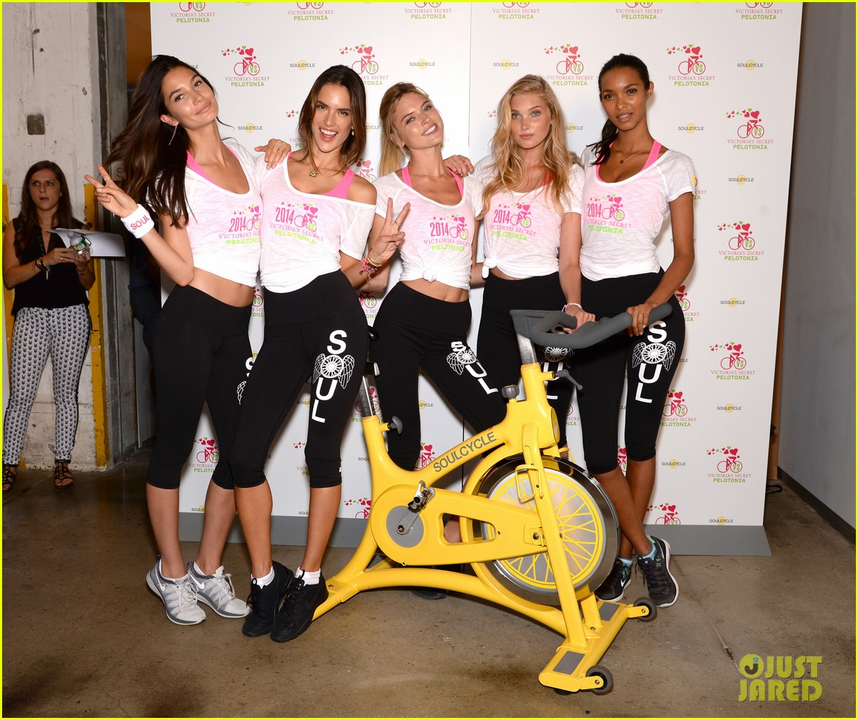 victorias secret angels go cycling for pelotonia 033152725
