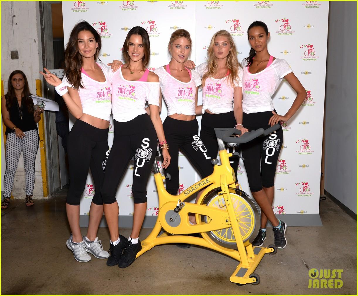 victorias secret angels go cycling for pelotonia 093152731