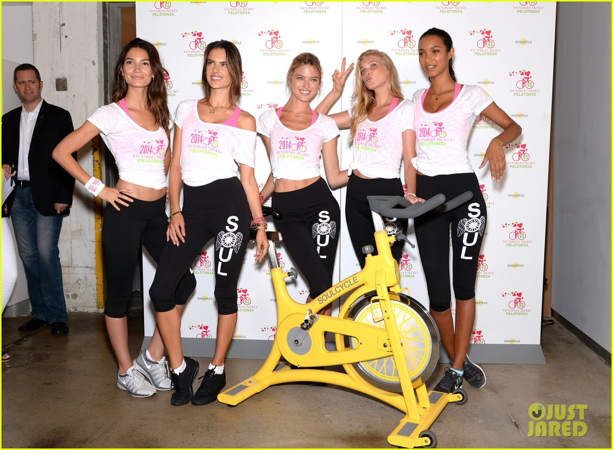 victorias secret angels go cycling for pelotonia 113152733