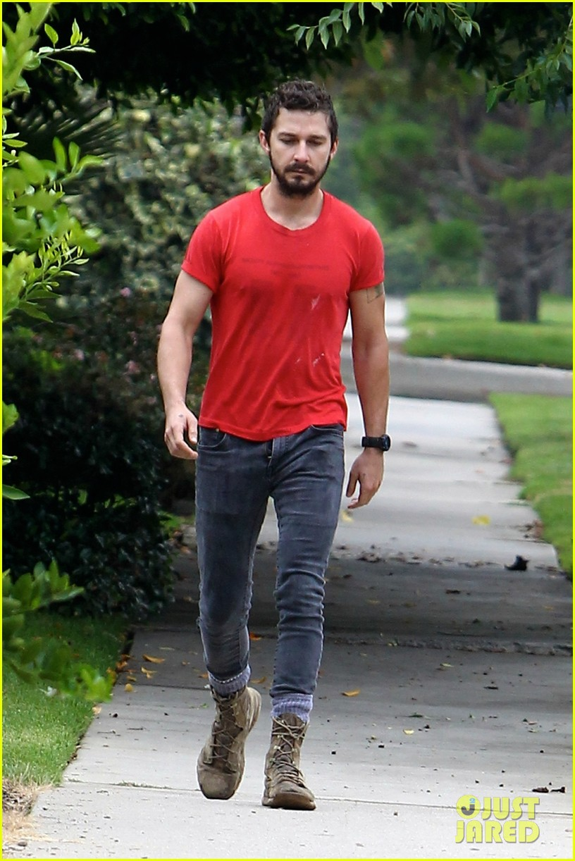 shia labeouf forgets to zip his fly 113148374