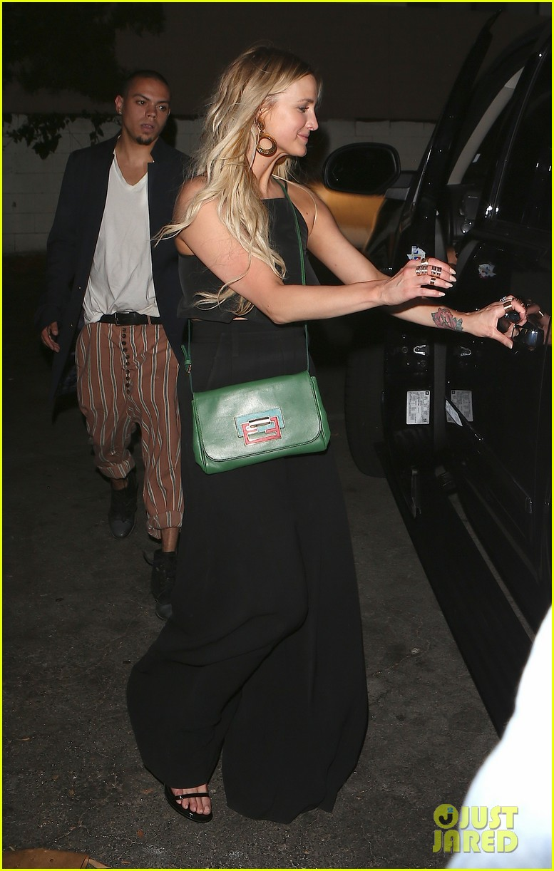 ashlee simpson evan ross are stylish duo for dba night out 053152191