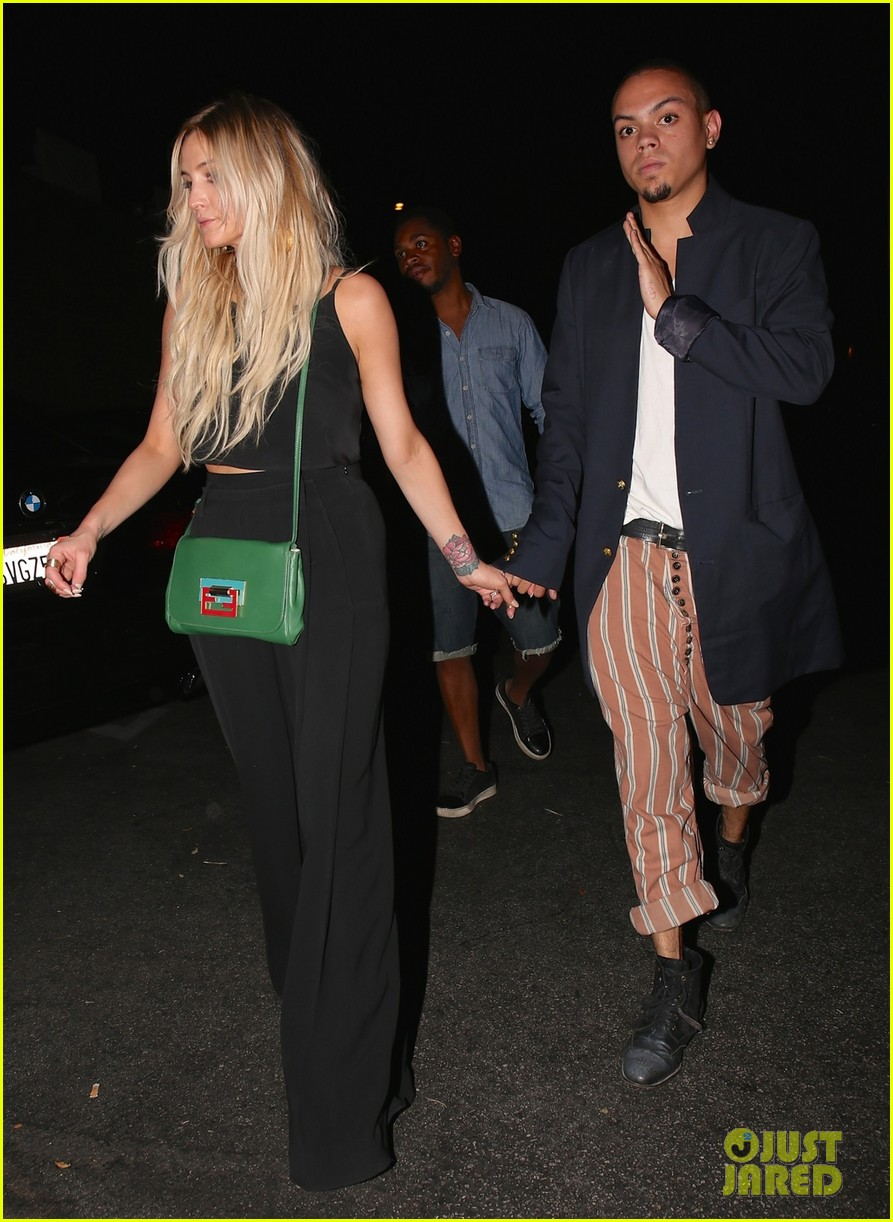 ashlee simpson evan ross are stylish duo for dba night out 063152192