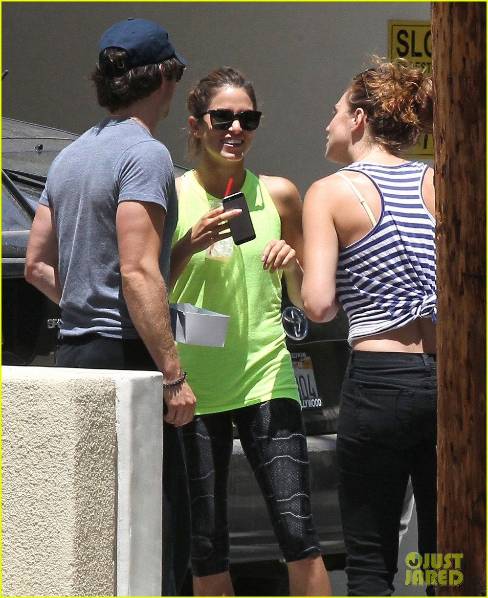 ian somerhalder kiss mystery girl nikki reed 103160581