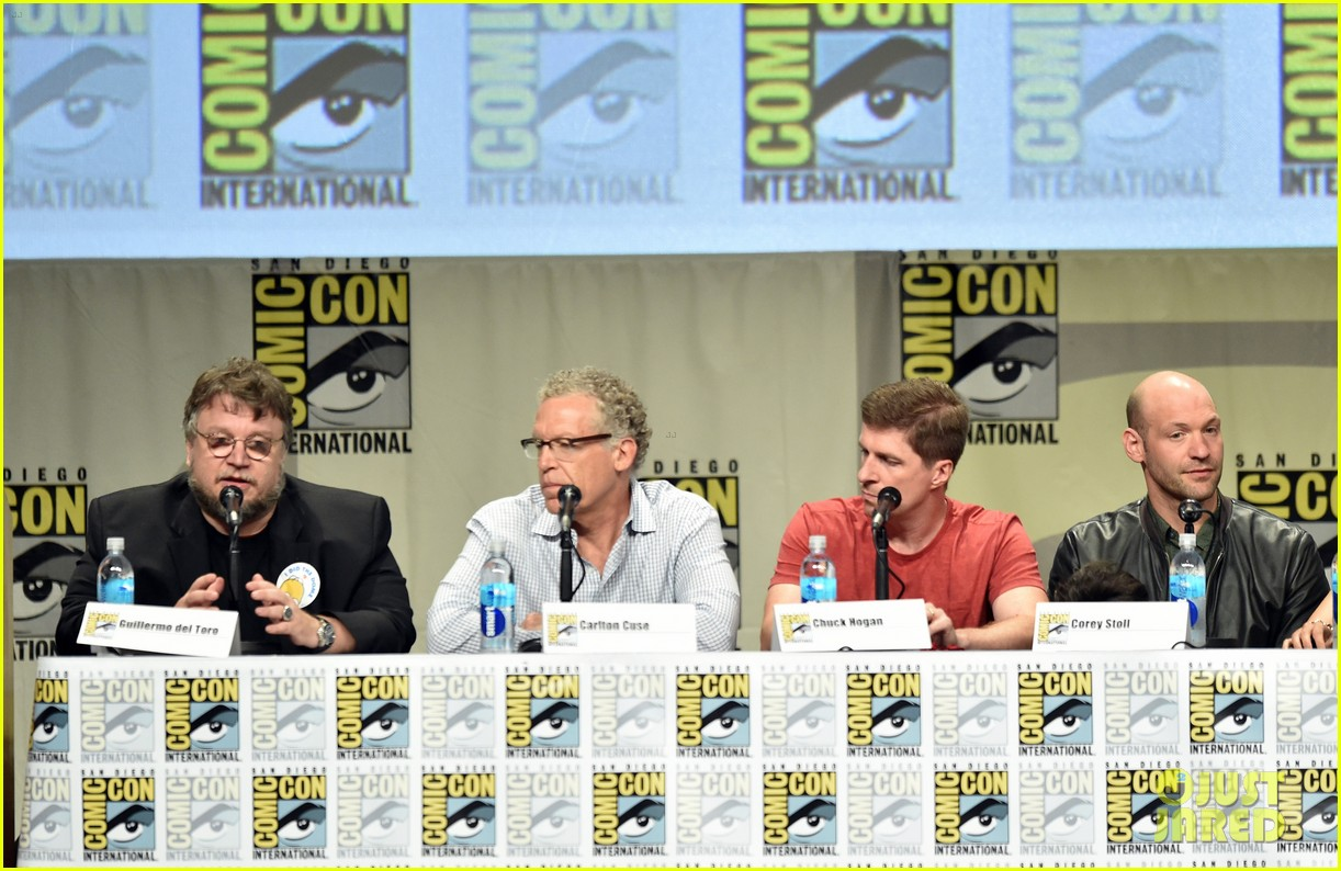 sons of anarchy strain casts present their shows at comic con 2014 033165647
