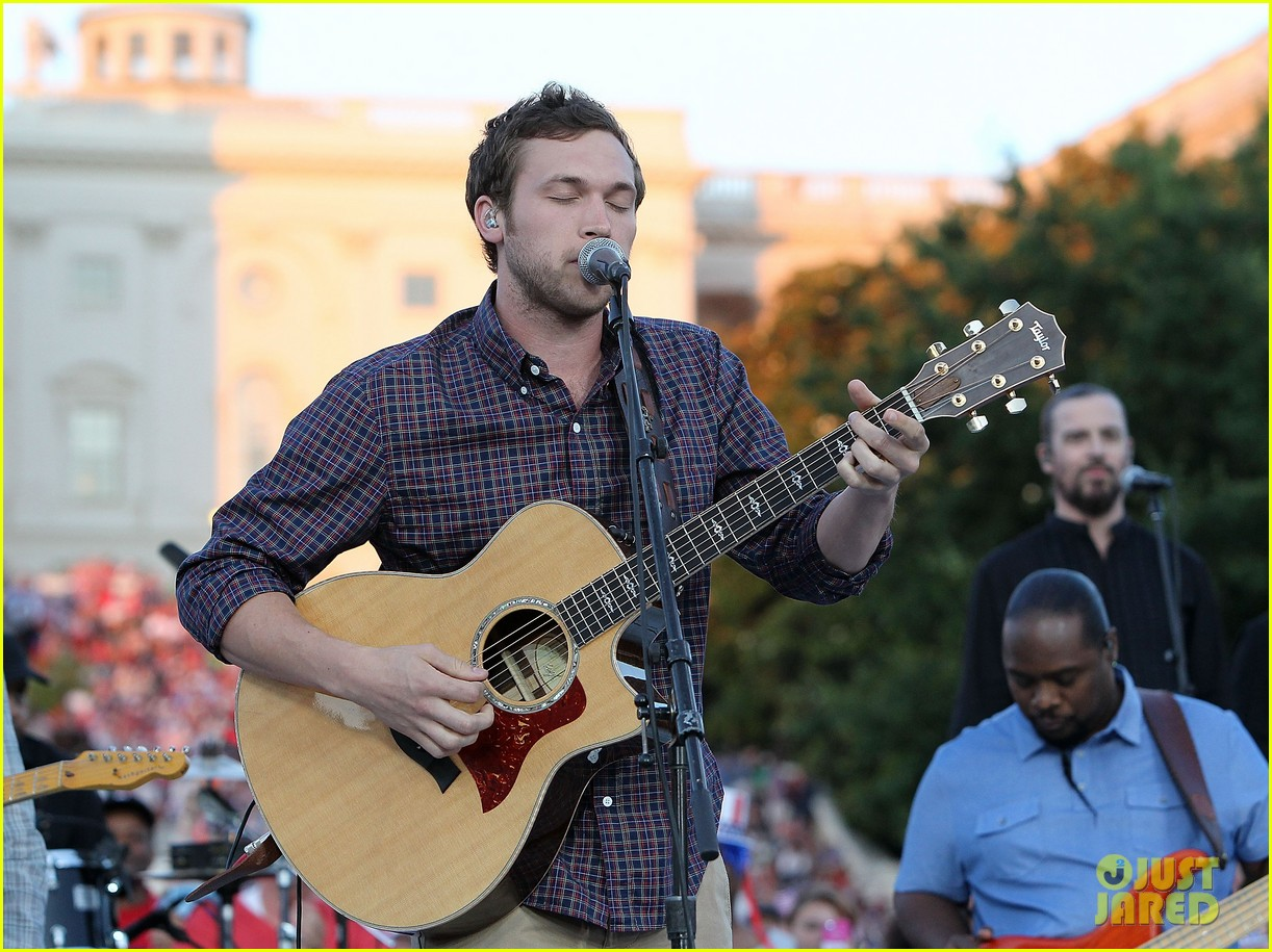 jordin sparks phillip phillips fourth of july special 013149984