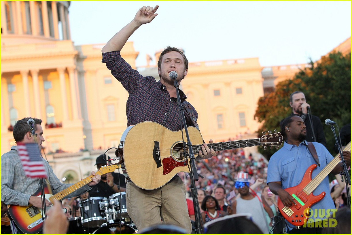 jordin sparks phillip phillips fourth of july special 033149986