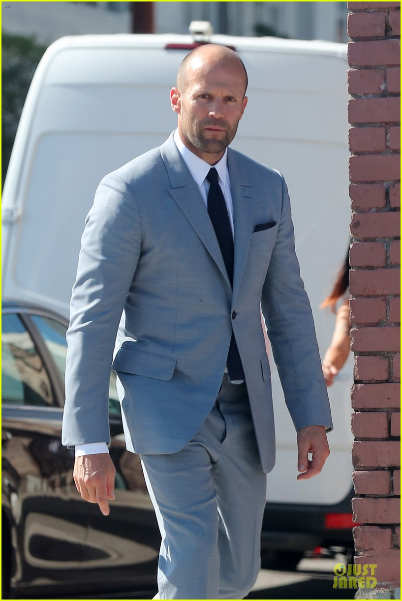 jason statham so dapper for la photo shoot 02