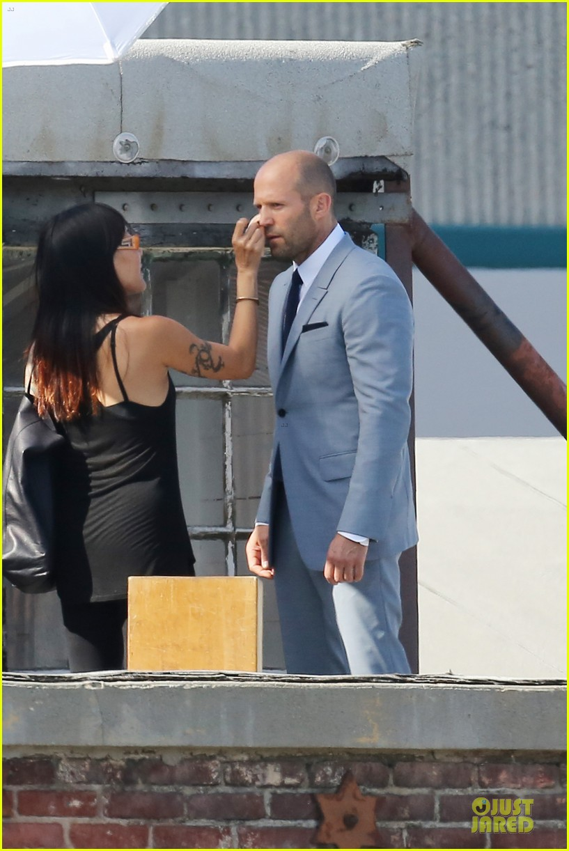 jason statham so dapper for la photo shoot 083148122