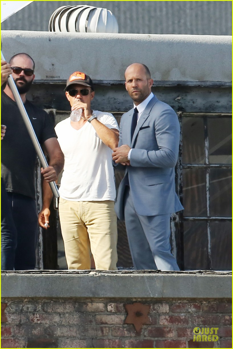 jason statham so dapper for la photo shoot 153148129