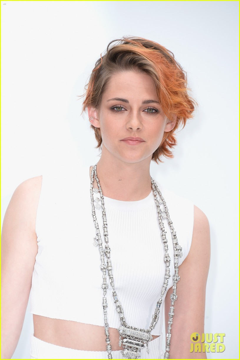 kristen stewart chops off her hair see the pics here 113151577
