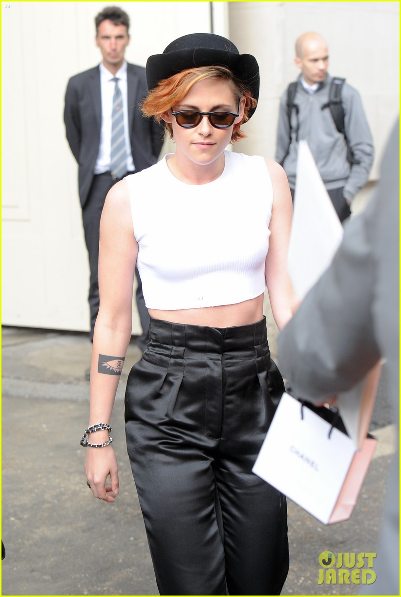 kristen stewart covers up her new short hair with a hat 023151713