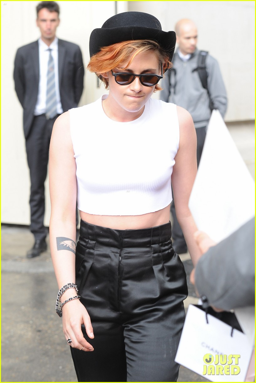 kristen stewart covers up her new short hair with a hat 063151717
