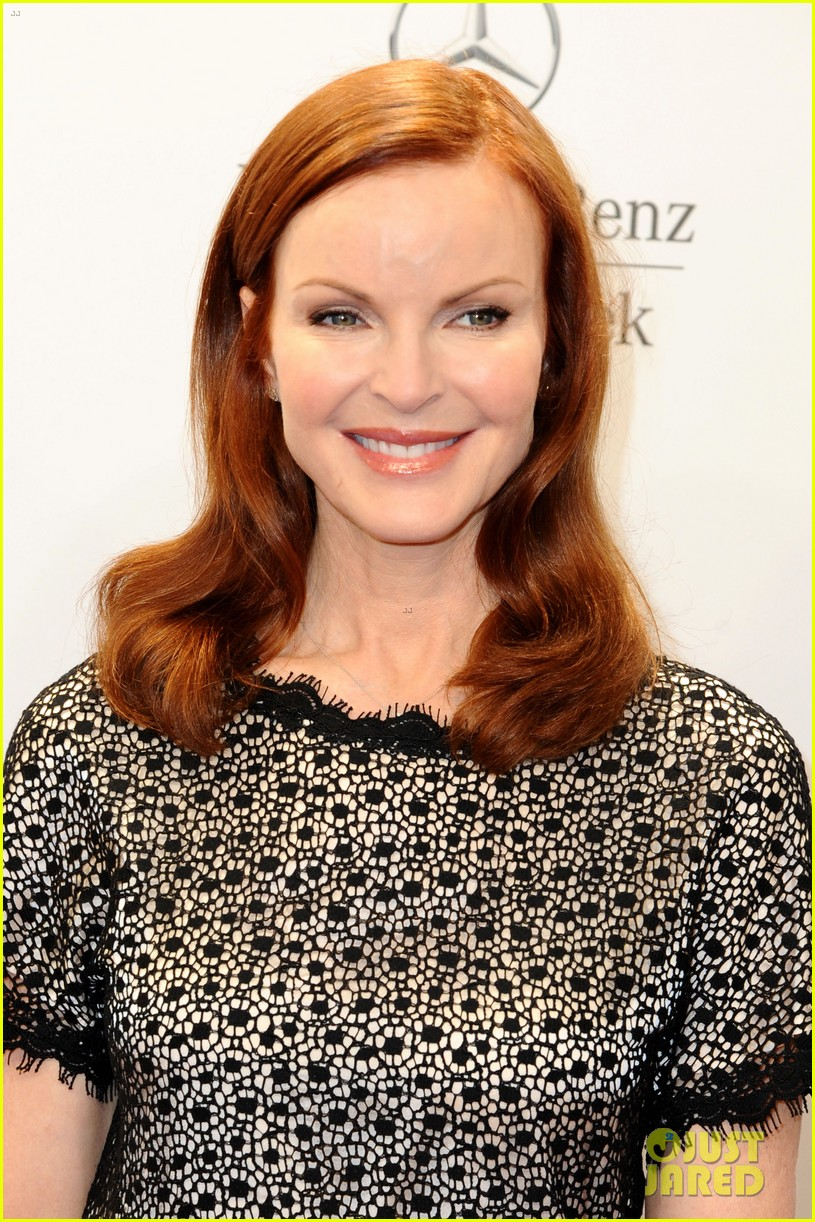 hilary swank marcia cross get dolled up for marc cain 123153592