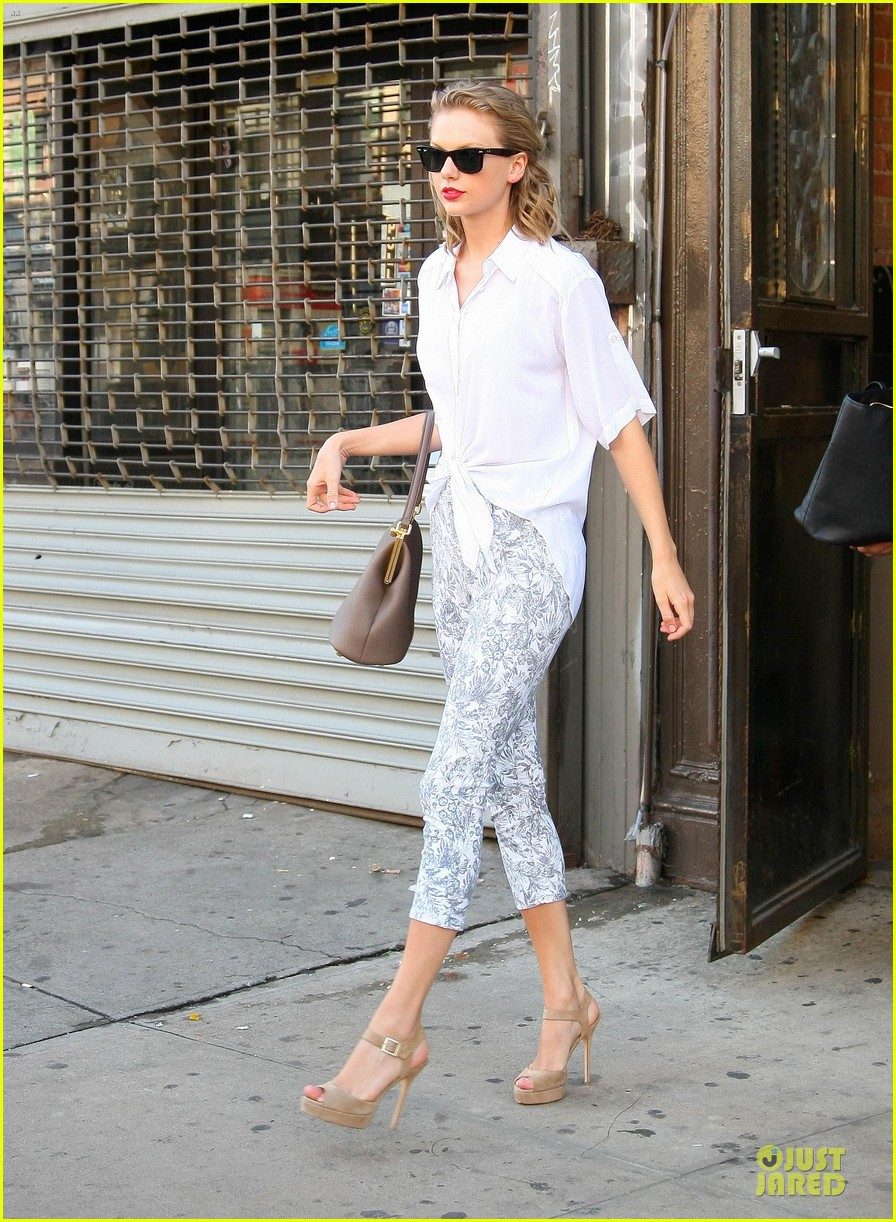 taylor swift makes forbes celebrity 100 list 103147414