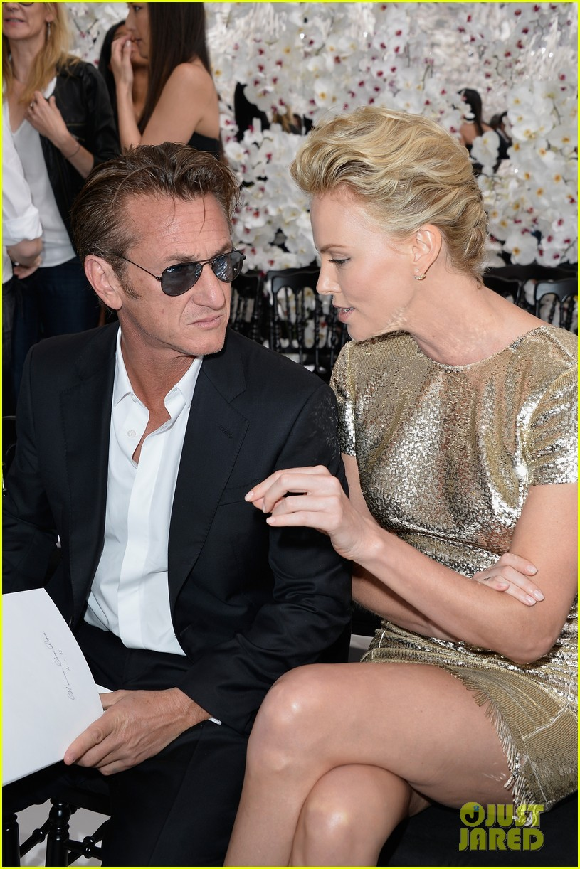 charlize theron sean penn christian dior fashion show 09