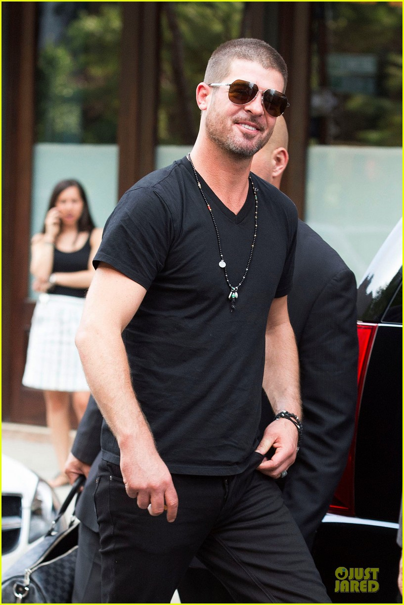robin thicke paula patton is still his muse from a distance 103147986