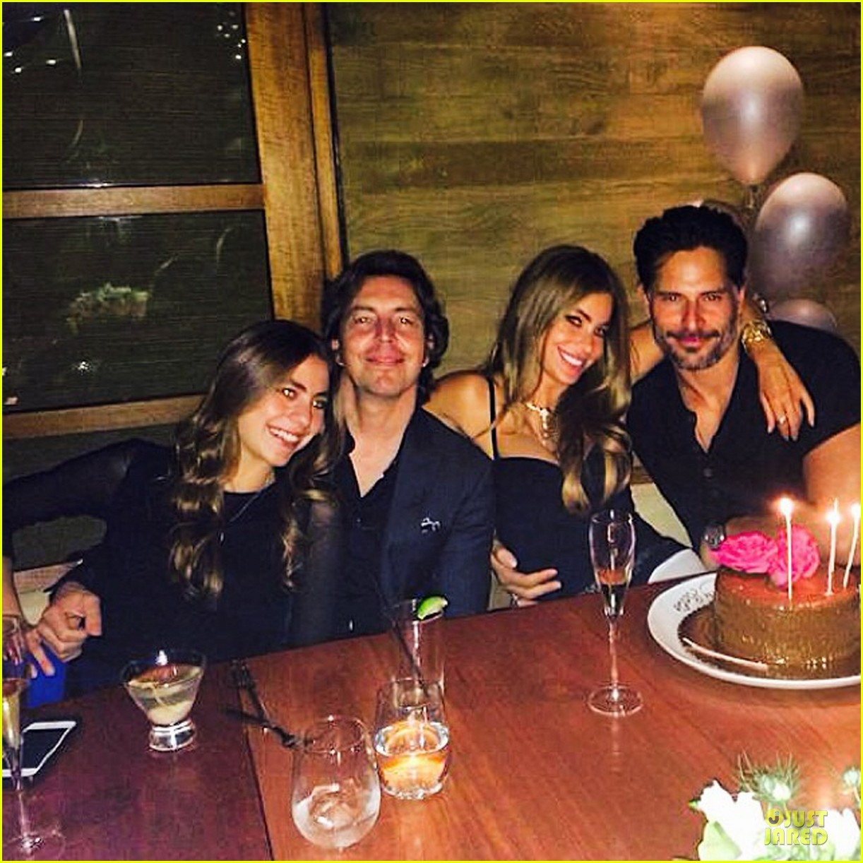 sofia vergara celebrates 42nd birthday with joe manganiello by her side 013154077