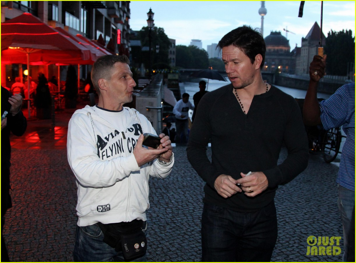 mark wahlberg on bad boy past would never ruin second chance 033147701