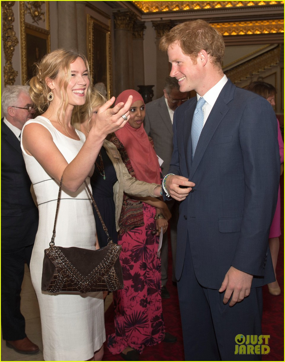 prince william jokes george bath time quite painful 133152555