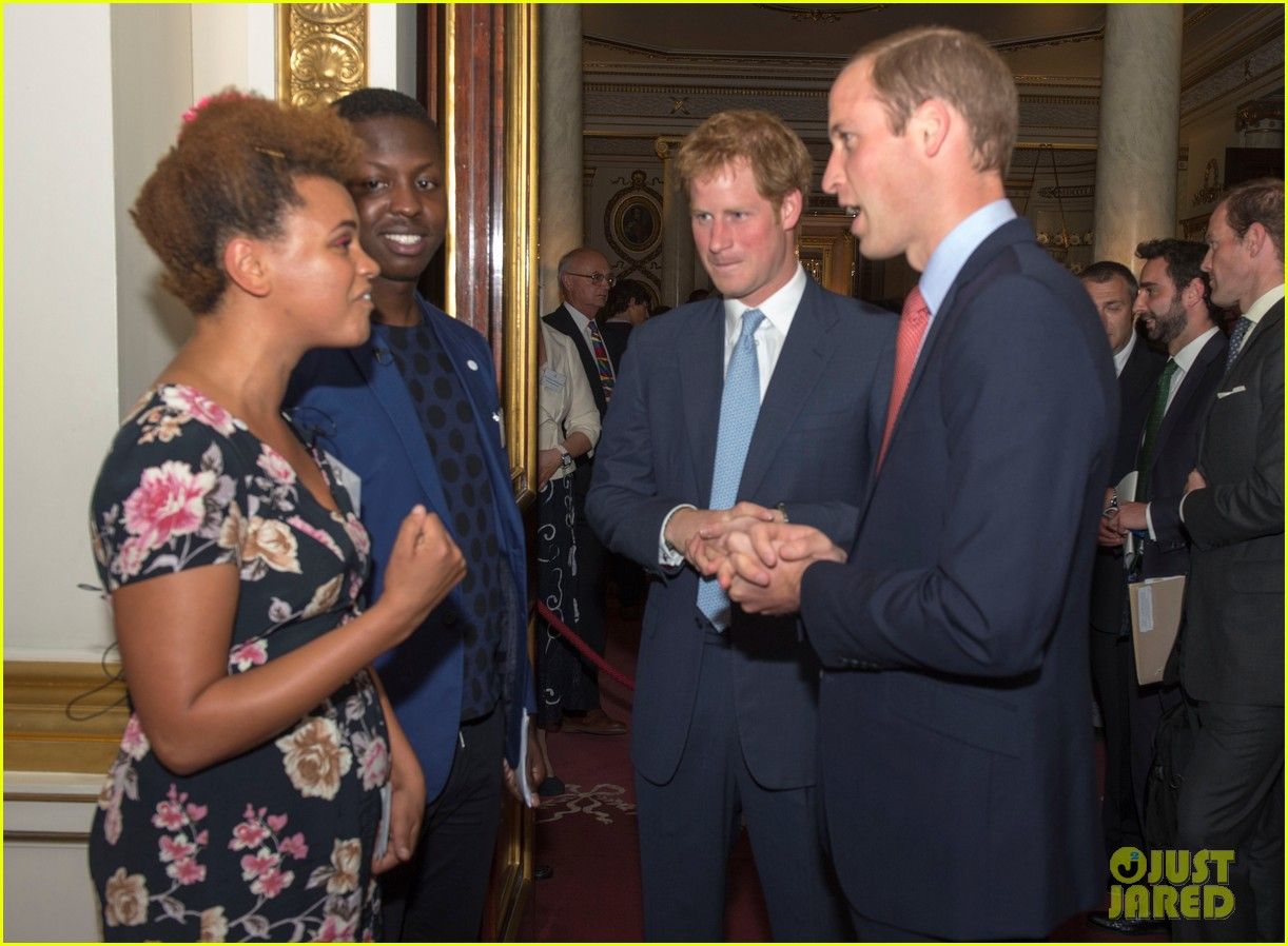 prince william jokes george bath time quite painful 223152564