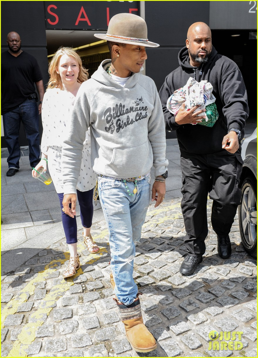 pharrell williams humbled by the success of happy 083151659