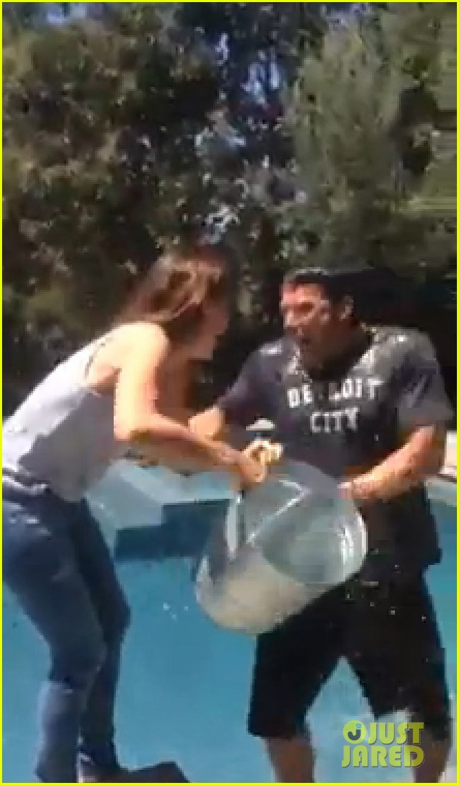 ben affleck jennifer garner ice bucket challenge 033178797