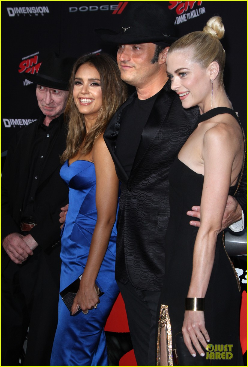 jessica alba & jaime king stun at 'sin city: a dame to kill for
