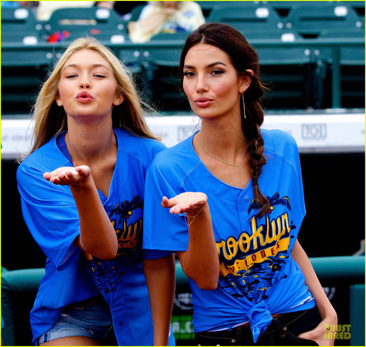 lily aldridge gigi hadid throw out first pitch at baseball game 043181350