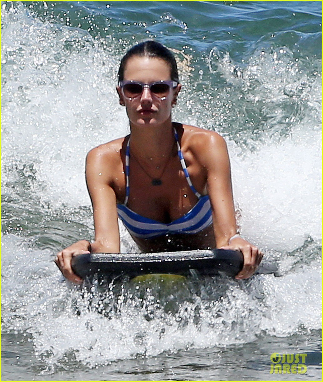alessandra ambrosio boogie boards in the ocean 063178455