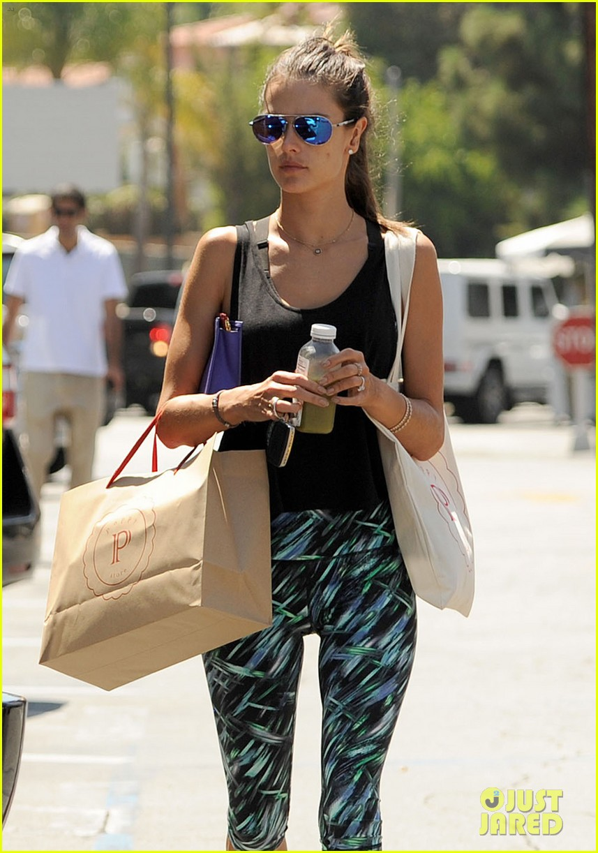 alessandra ambrosio back in la after venice film festival 133186673