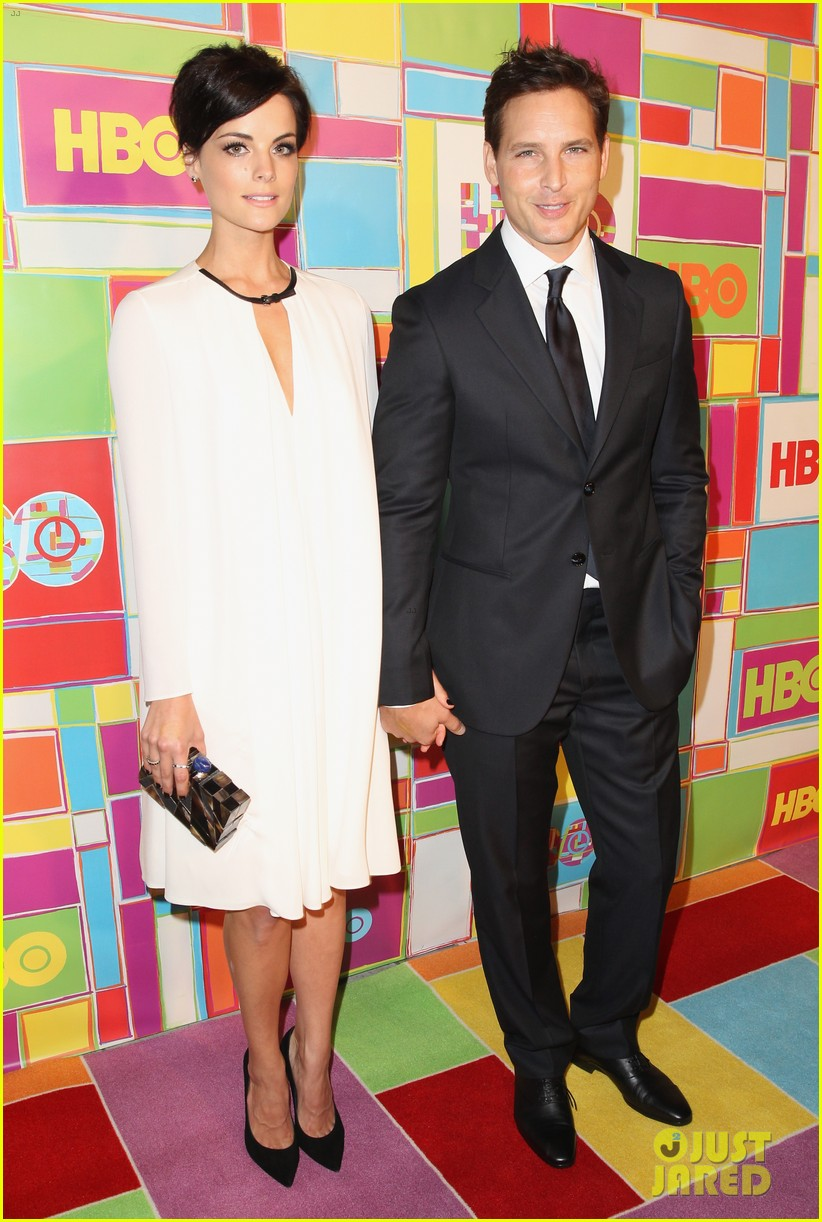 peter facinelli jaimie alexander keep it classy at hbos emmys 2014 013184062