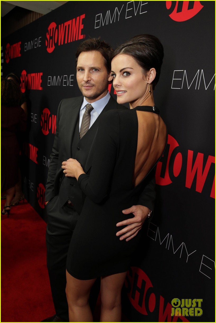 peter facinelli jaimie alexander step out in style for showtimes emmy eve 063182874