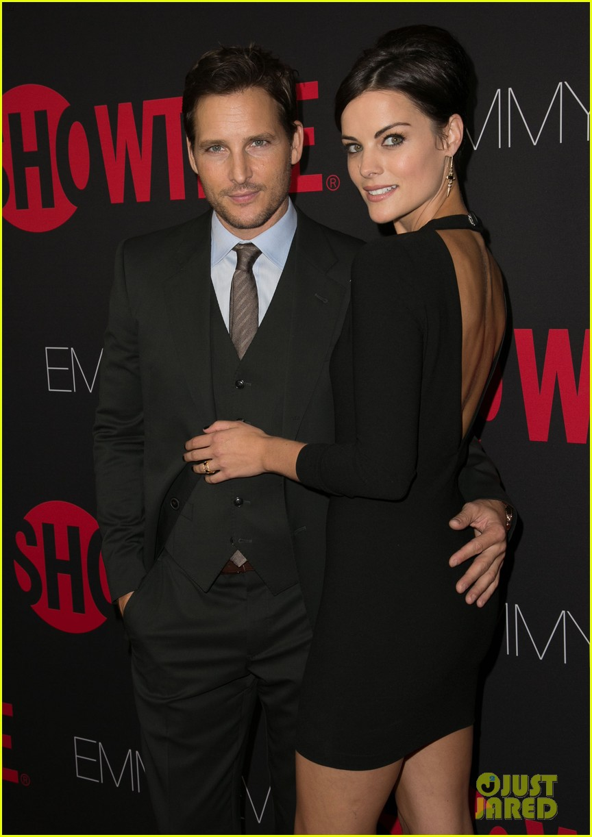 peter facinelli jaimie alexander step out in style for showtimes emmy eve 33