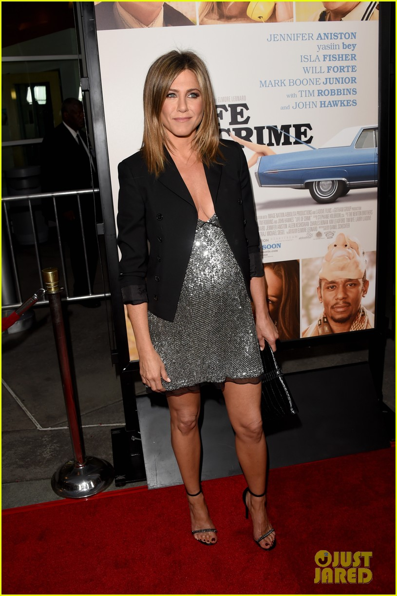jennifer aniston will forte life of crime premiere 123185159