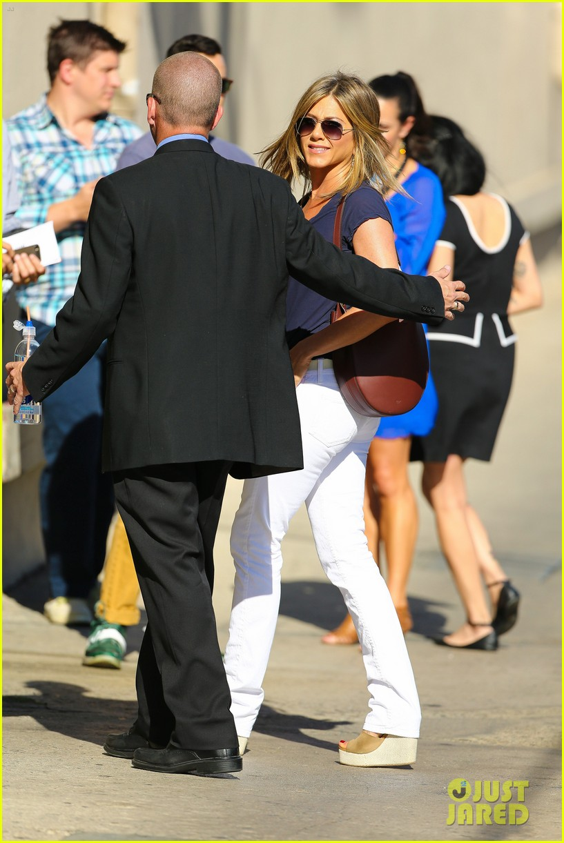 jennifer aniston jimmy kimmel live 07