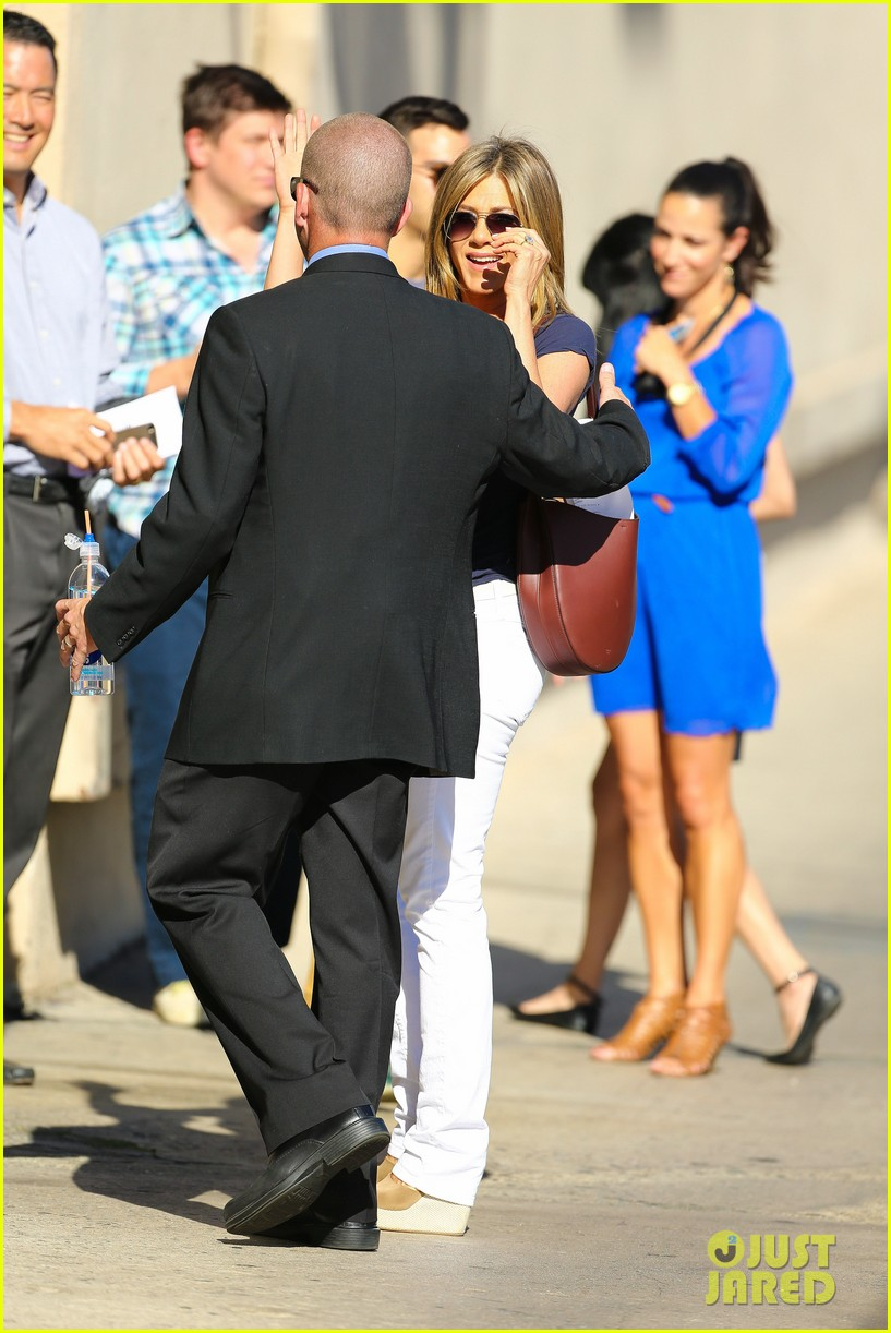 jennifer aniston jimmy kimmel live 103185072