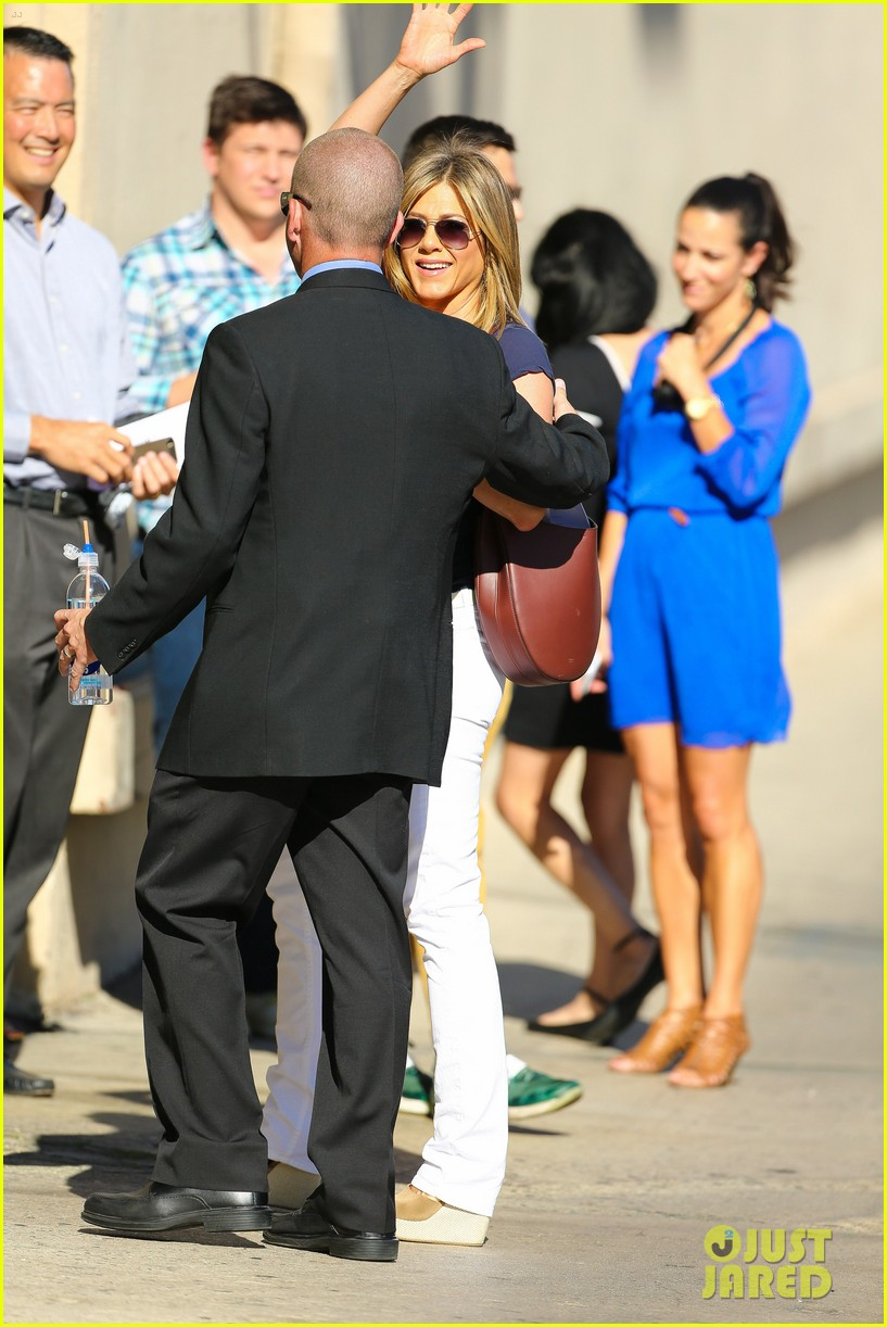 jennifer aniston jimmy kimmel live 113185073