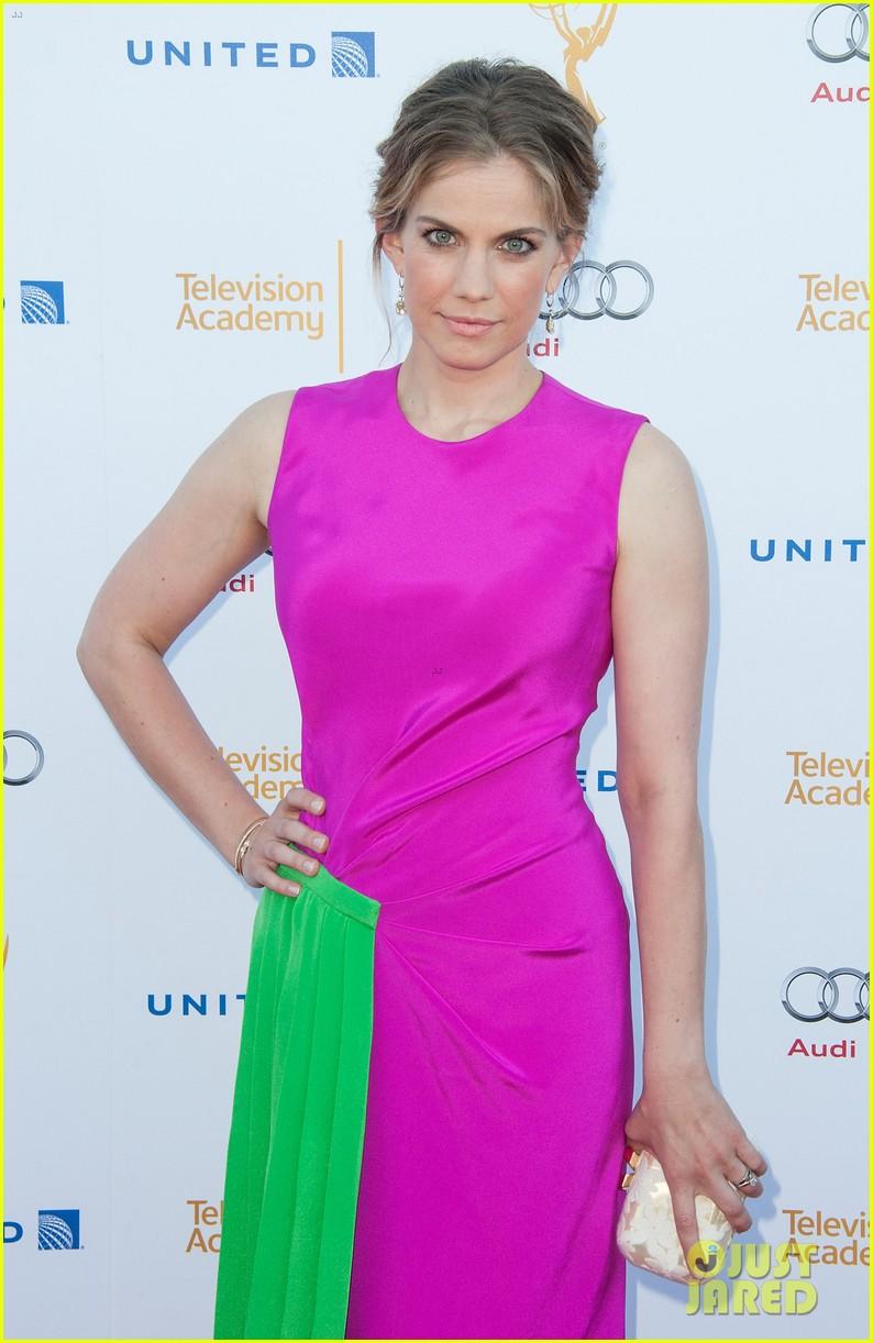 anna chlumsky mayim bialik tv academy nominee reception 2014 073182113
