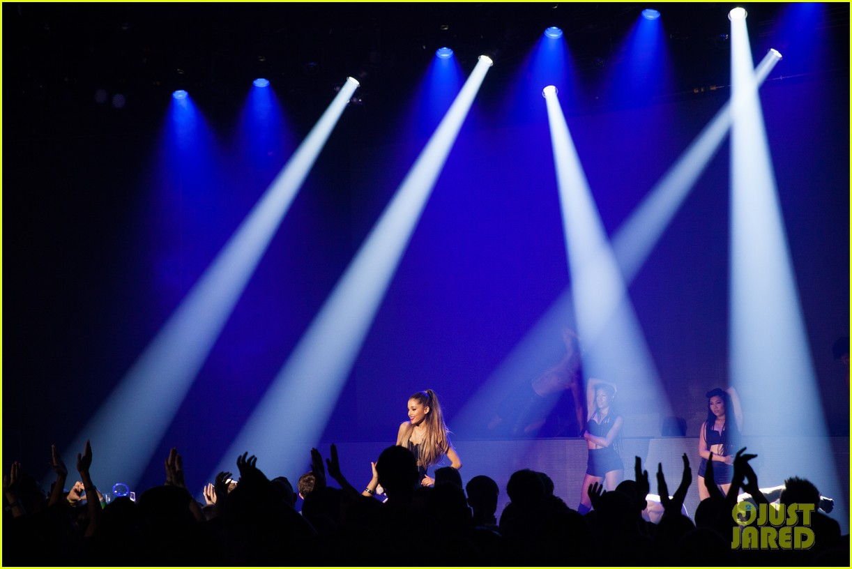 ariana grande iheart album release party pics 093184234