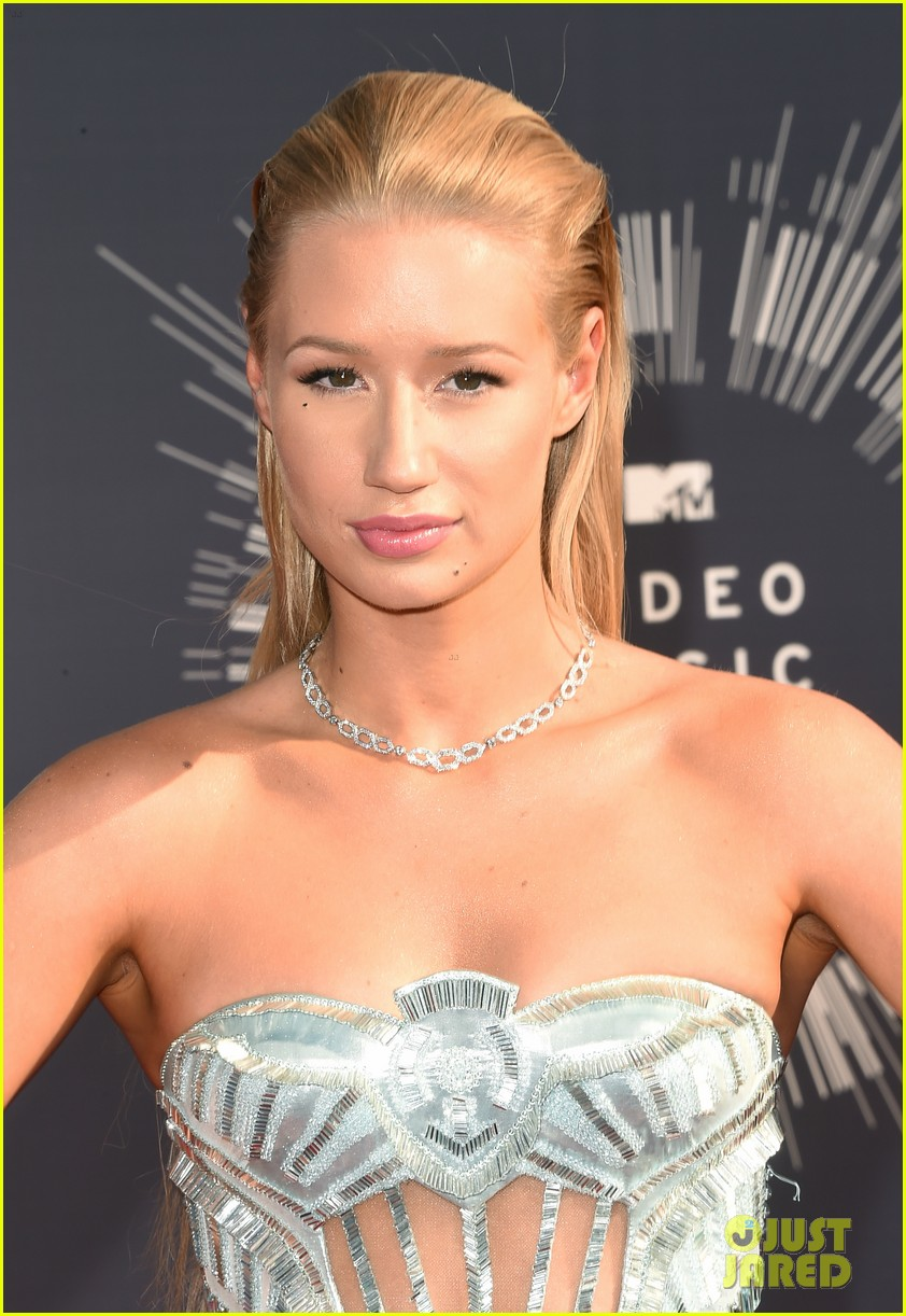 iggy azalea nick young mtv vmas 2014 043182329